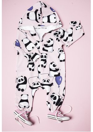 ONESIE Z KAPTUREM POWDER PANDA