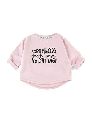 "SWEATSHIRT ""SORRY BOYS"""