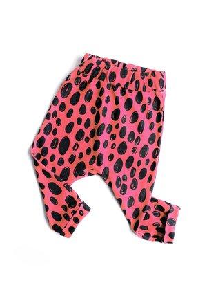 Spodnie print pink leopard