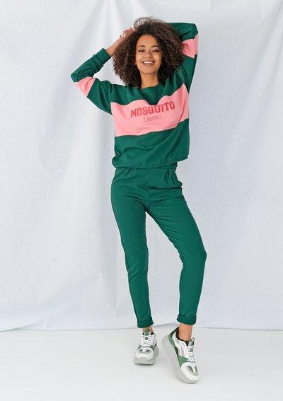 Klasyczne damskie spodnie dresowe Zielone ILM