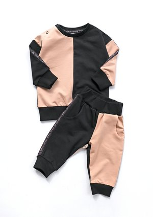 Spodnie dresowe dziecięce Latte z lampasami black