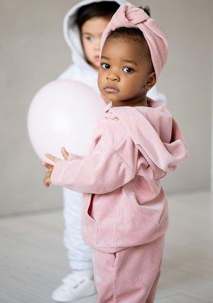 Welurowa dziecięca bluza  z kapturem Mellow Rose