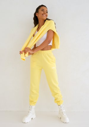 Mum Sweatpants Sour Yellow