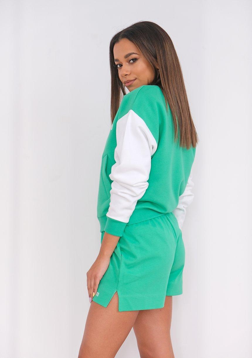 Women shorts Lush Green