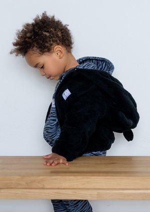 Black teddy hoodie
